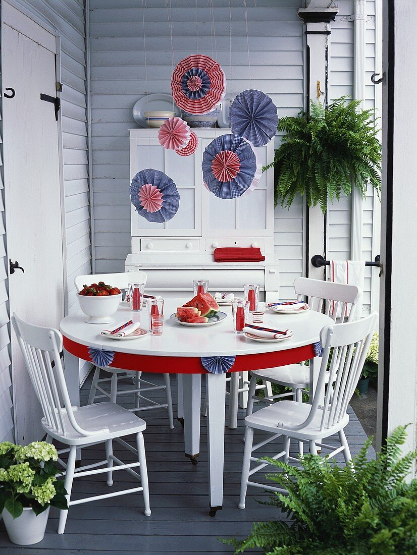 Table laid in red, white and blue