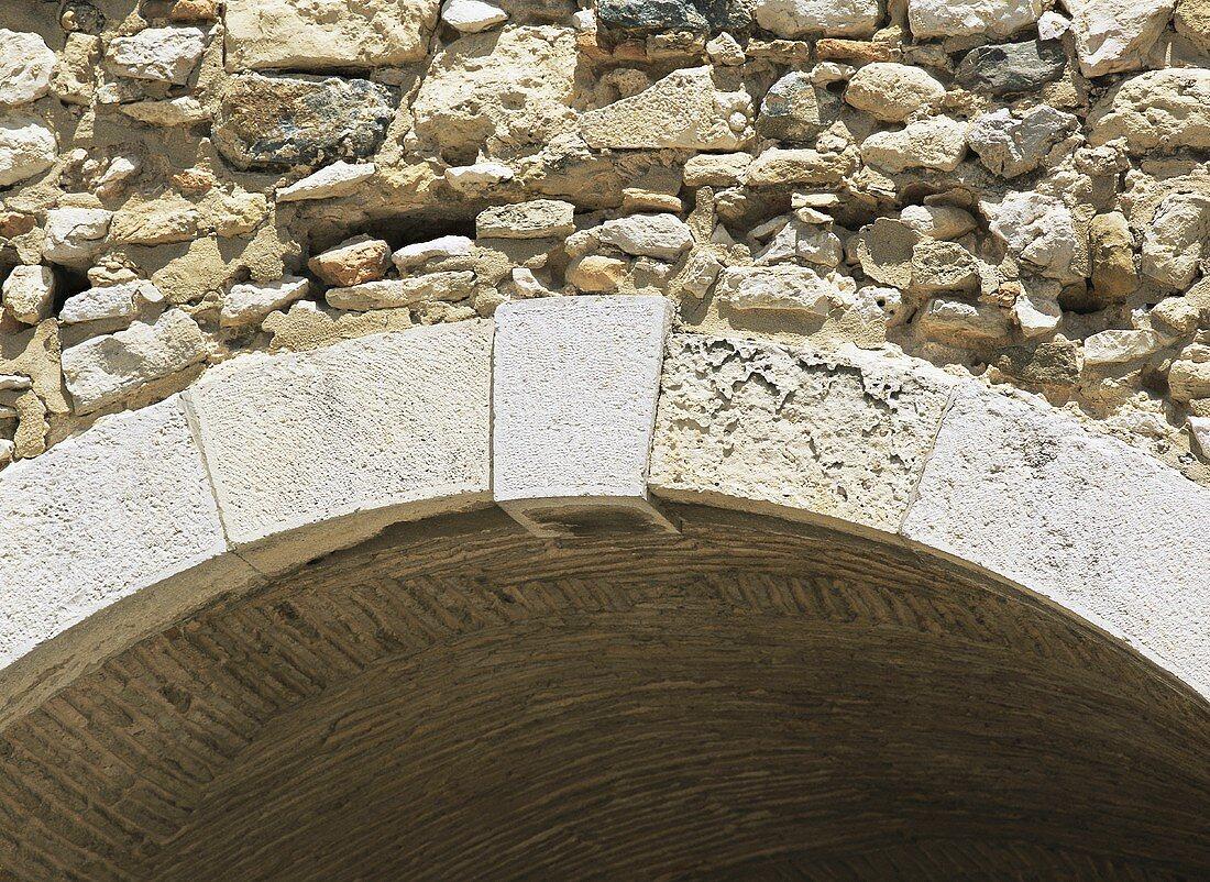 An arch (detail)