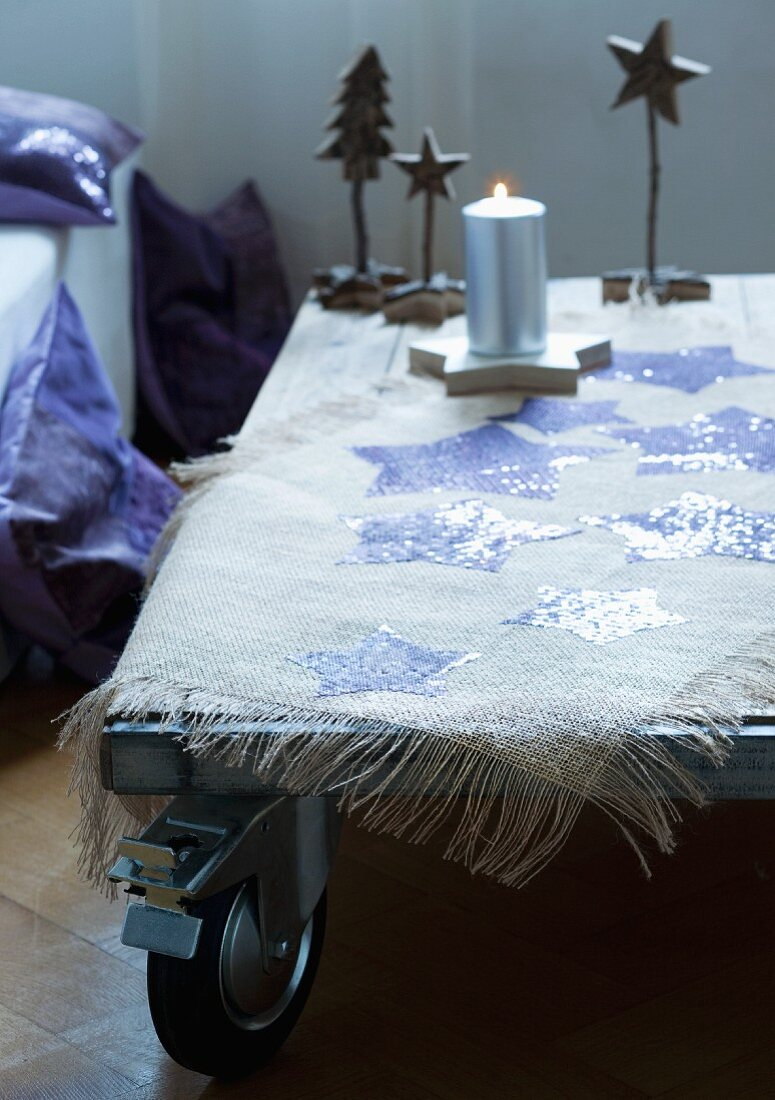 Tablecloth with hand-made, iron-on stars