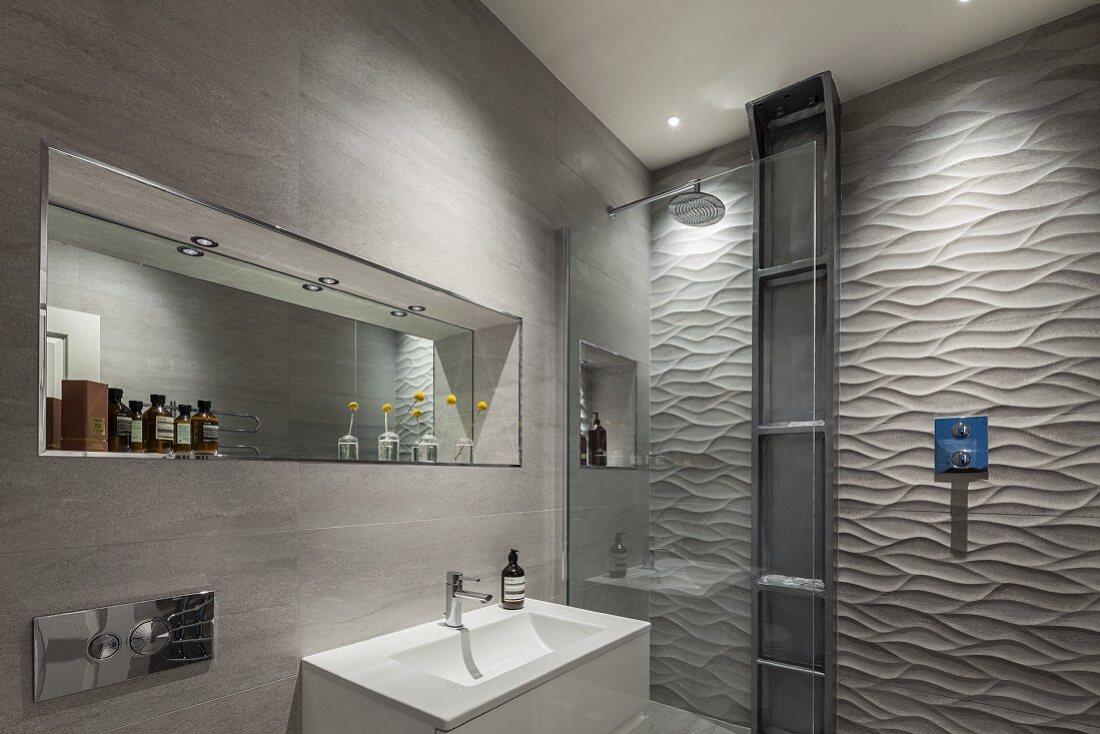 Designer Badezimmer – Waschbecken vor … – Bild kaufen – 20 ...