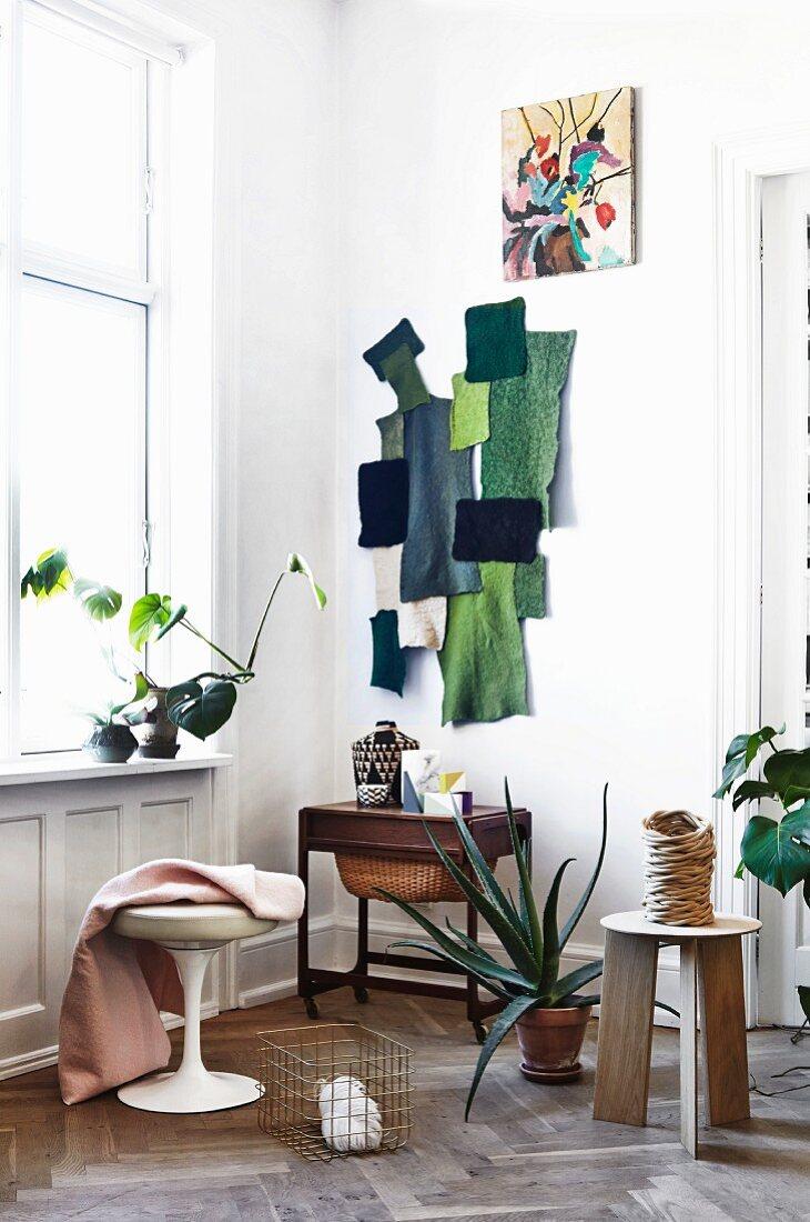 Wand Collage Aus Stoffresten In Bild Kaufen 11317357 Living4media