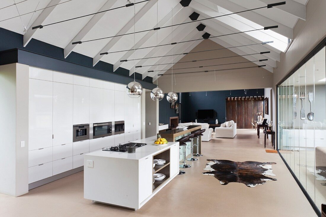Modern Gable Roof Structure With Tension Buy Image 11354307 Living4media