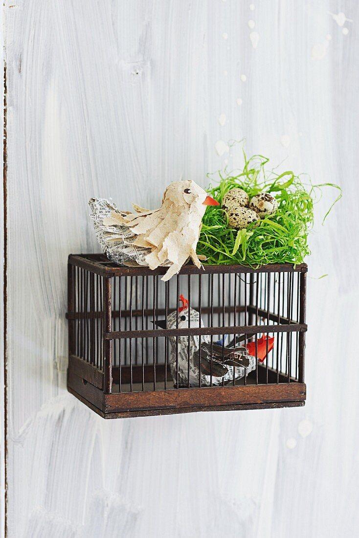 Selbstgebastelte Vögel aus Alufolie & Papierstreifen als Frühlingsdekoration
