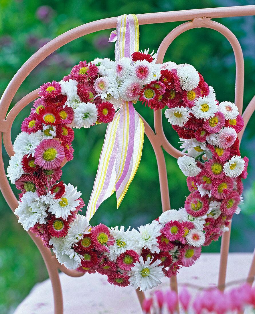 Bellis Wreath