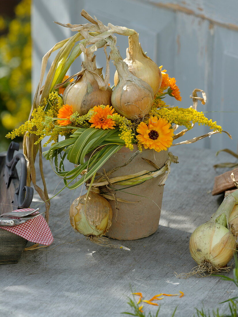 Late summer bouquet with onions and goldenrod