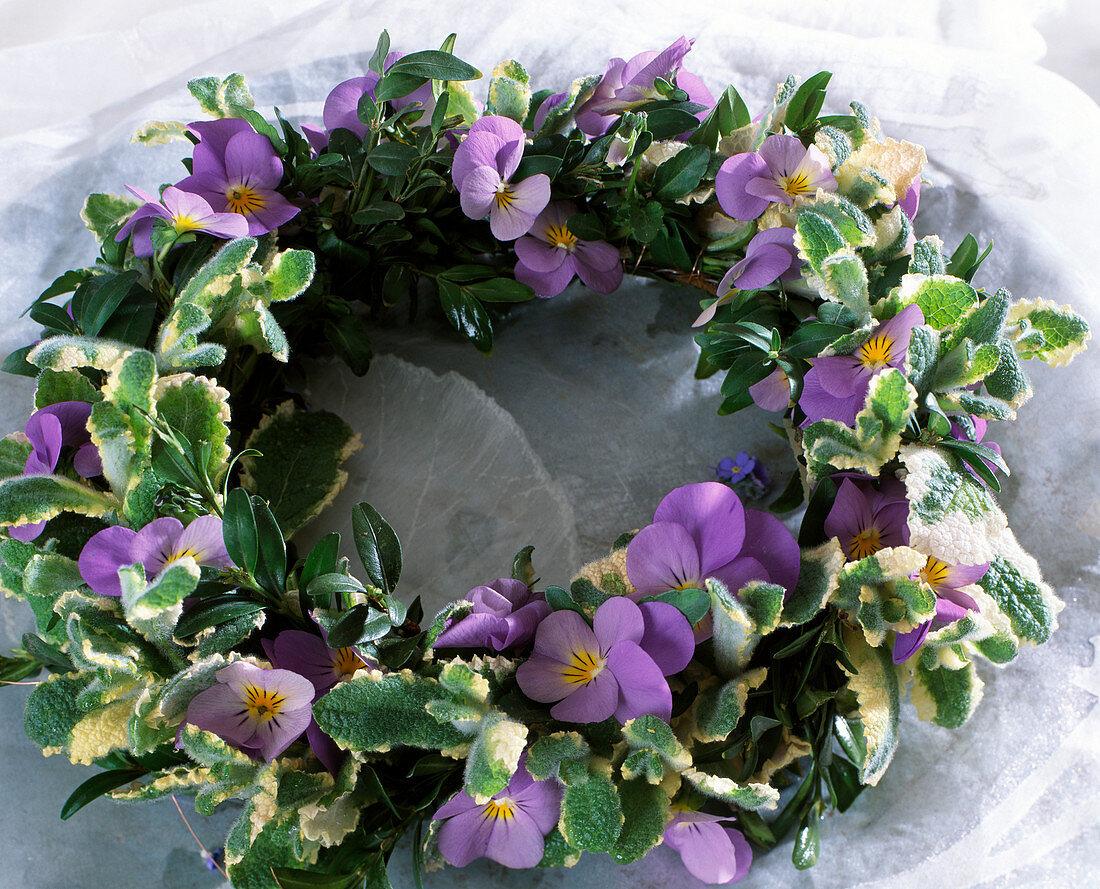 Wreath made of hornbeam flowers, Box, pineapple mint