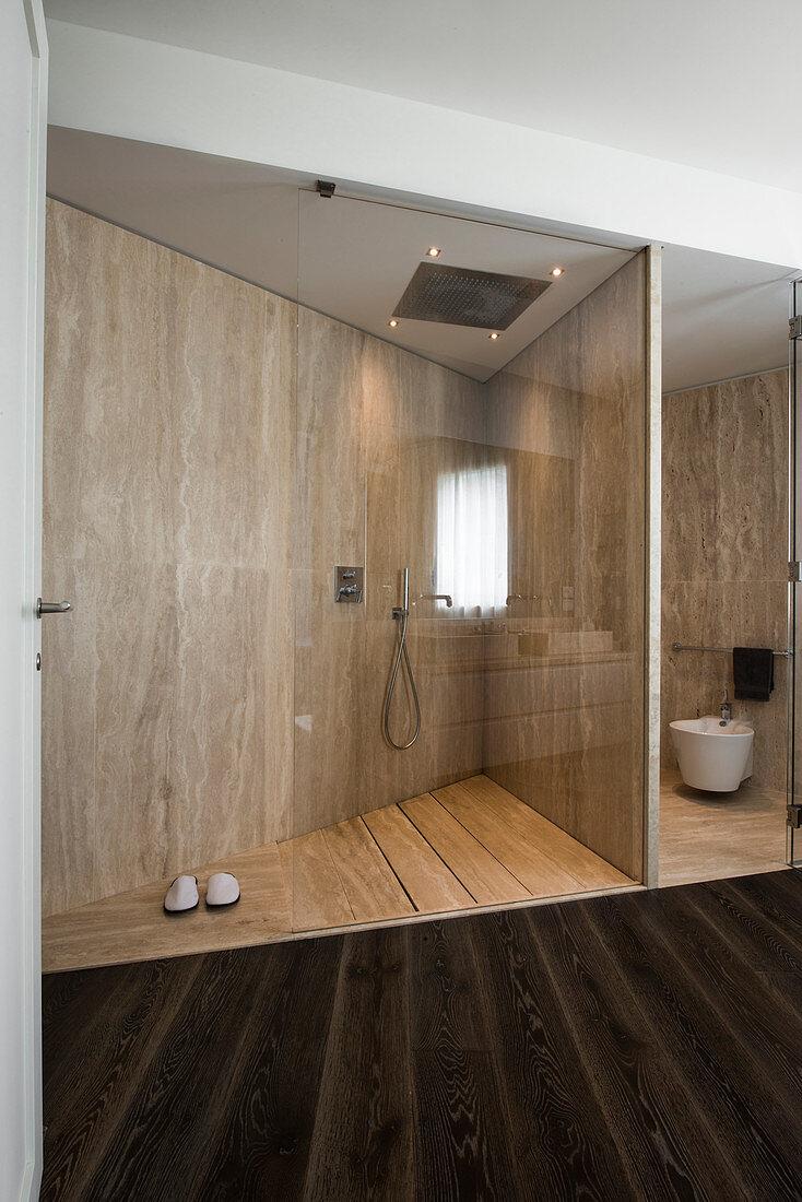 Designer Badezimmer mit Trennwand und … – Bild kaufen – 20 ...
