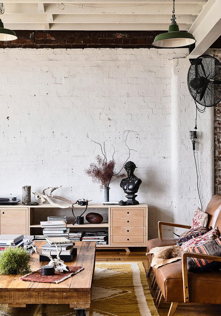 Living Room With Vintage Furniture In Buy Image 12404461 Living4media