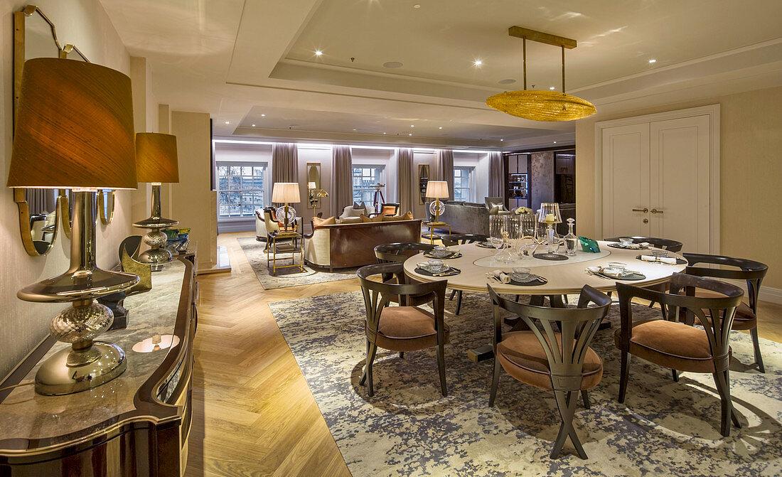 Elegant dining area, Ten Trinity Square, London