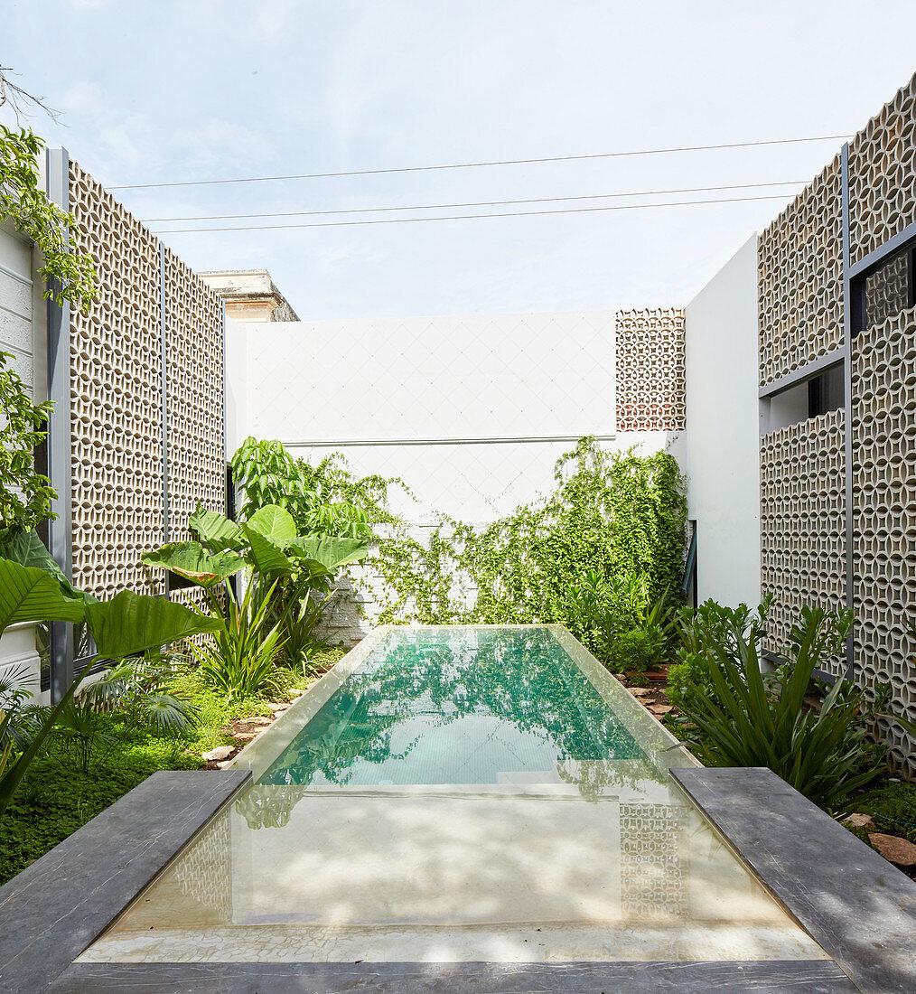 Long Pool In Courtyard Of Exotic House Buy Image 12475029 Living4media