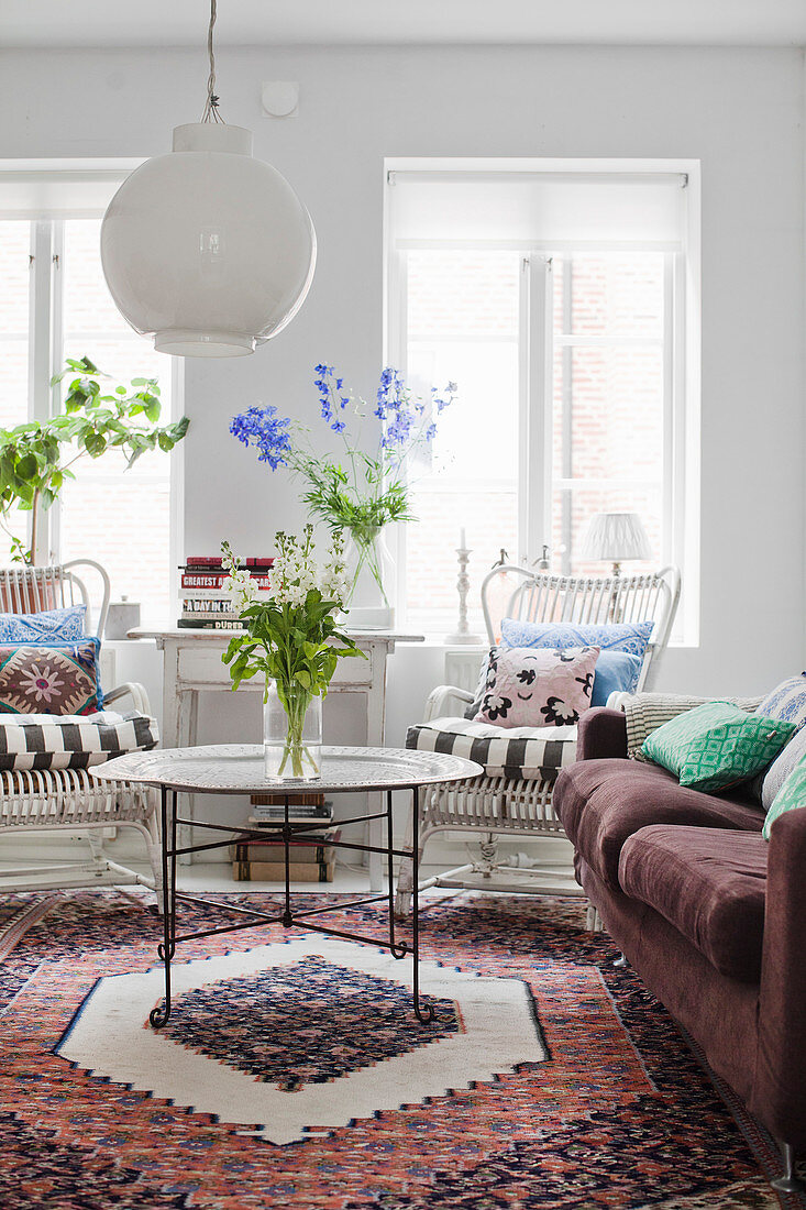 Summery living room in Bohemian style