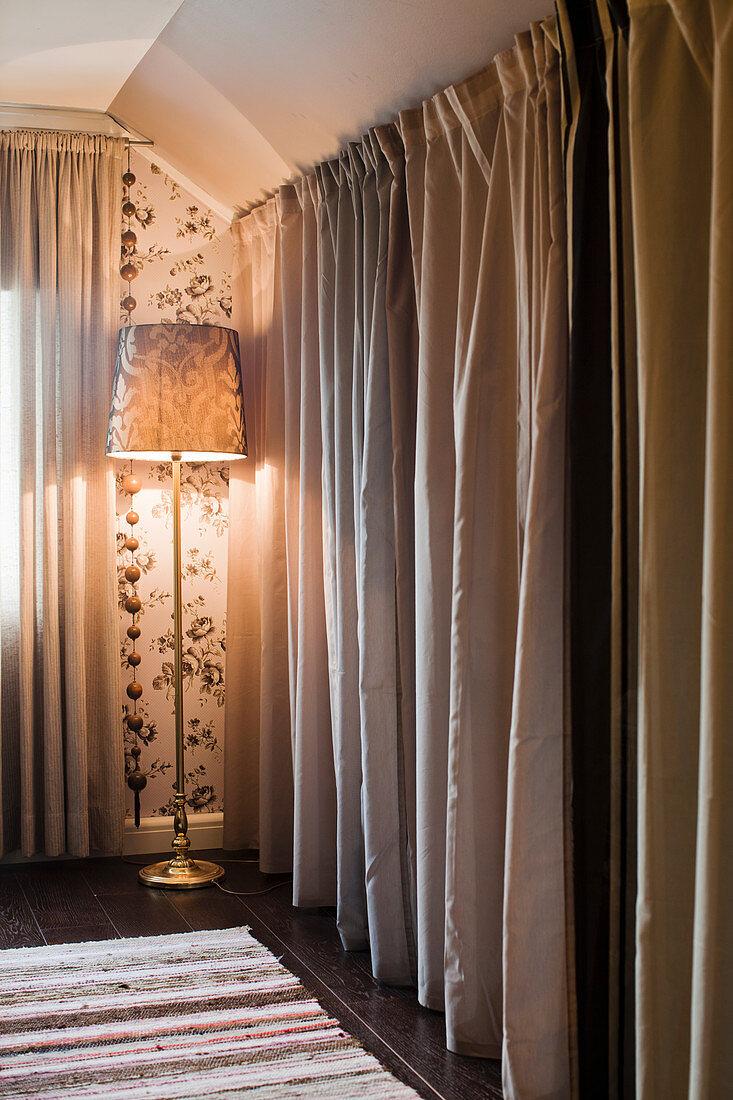 Floor Length Curtains Screening Dressing Buy Image 12342023 Living4media