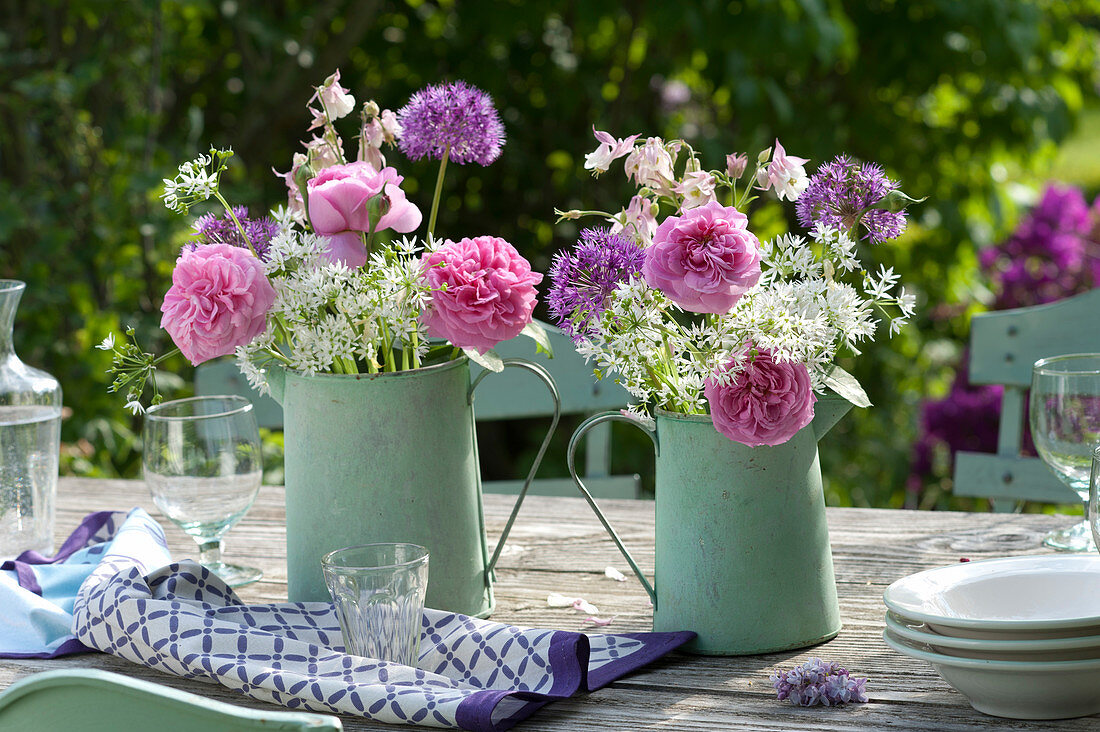 Bouquets made of pink (rose), allium (ornamental) and aquilegia