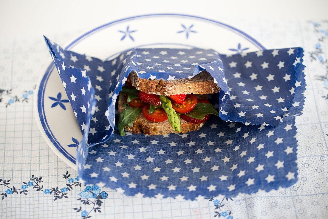 DIY-Wachstuch für Aufbewahrung von Sandwich