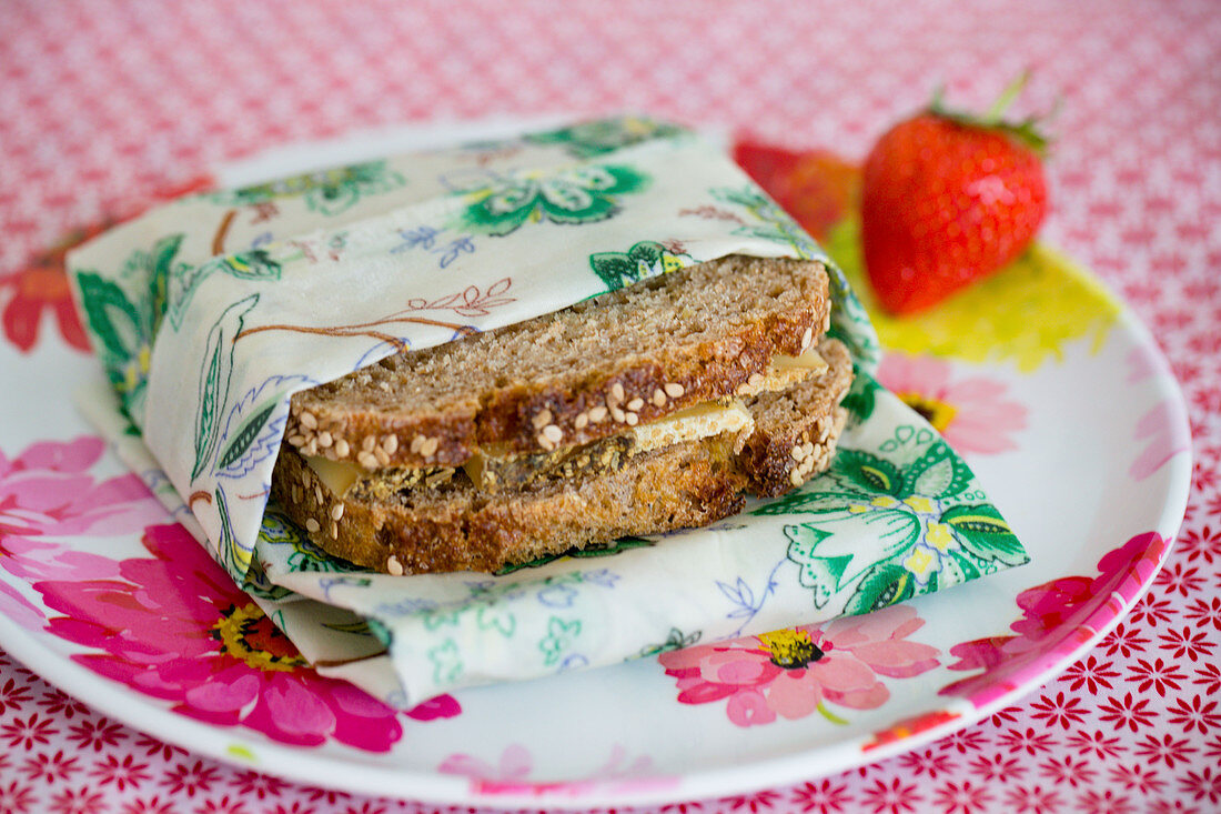 Handmade wax wrap for storing sandwich