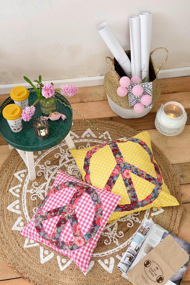 Cushions with appliqué peace symbols