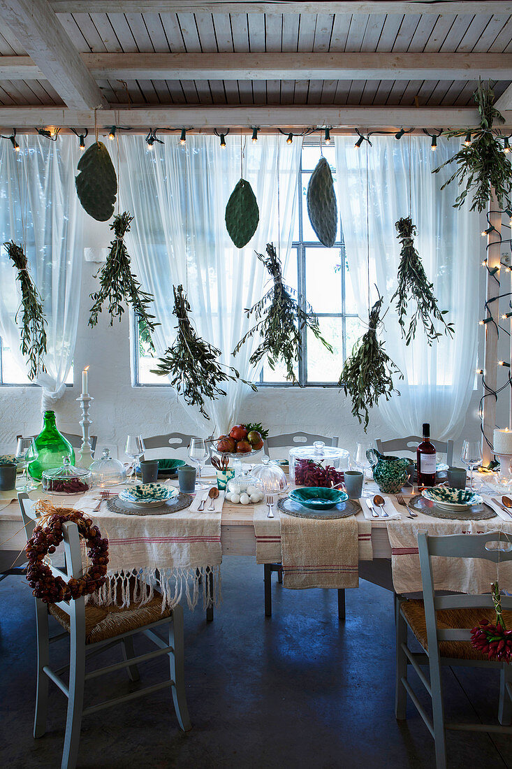 Festively Decorated Dining Table Below Buy Image 13181887 Living4media