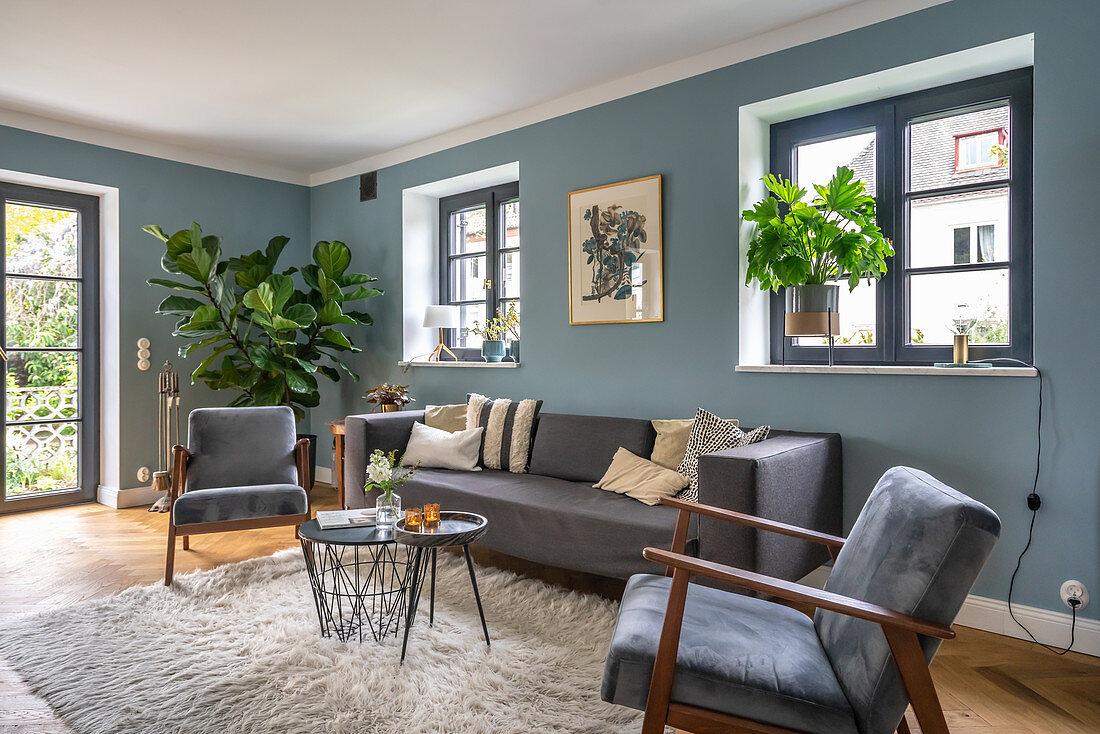 Grey Sofa Set Coffee Table And Buy Image 12966459 Living4media