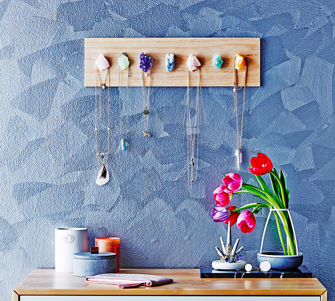 Gemstone Jewellery Hanger