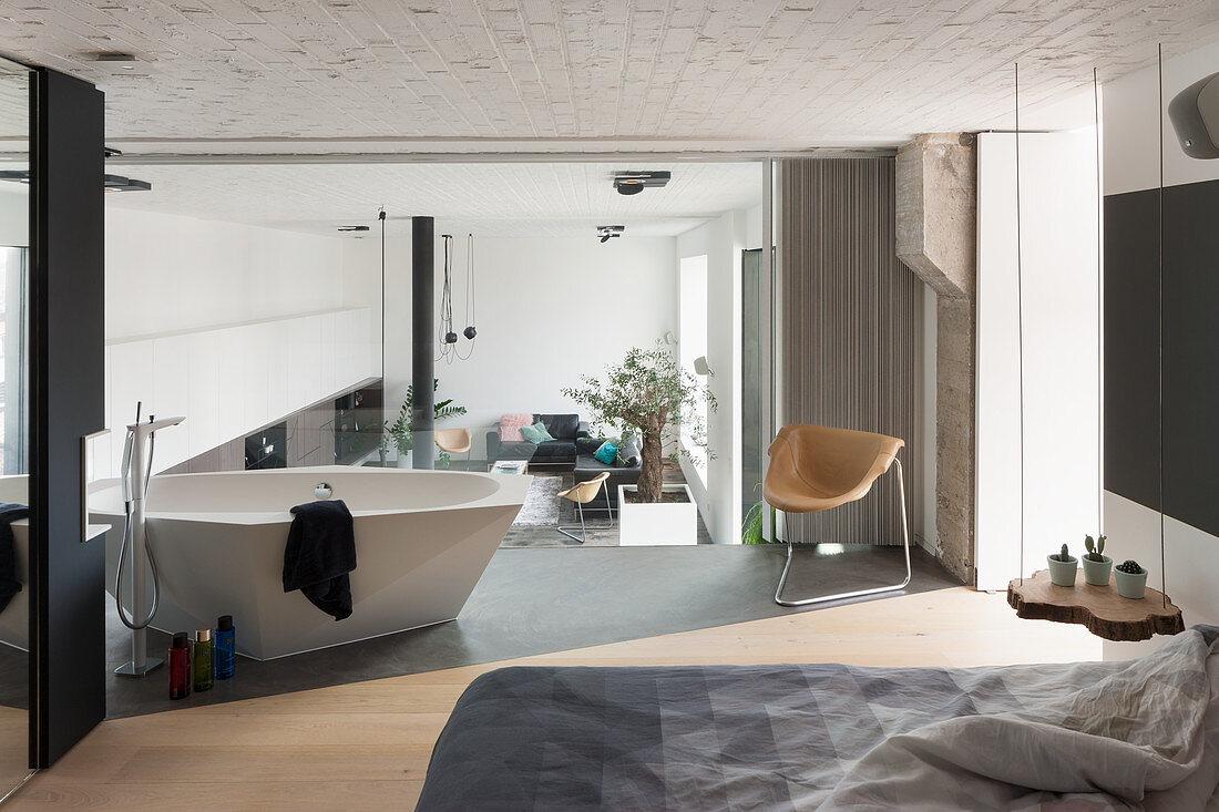 Moderne Freistehende Badewanne Im Bild Kaufen 13283189 Living4media