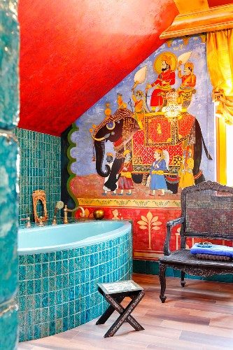 Indian Style Decor In Bathroom With