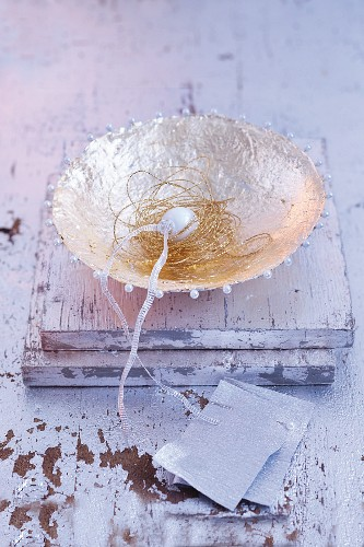 A silver pearl dish as a Christmas decoration