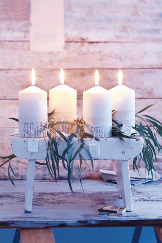 Advent candles on a bench instead of a wreath