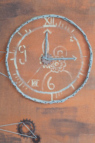 String-art wall clock