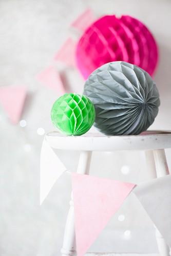 Colourful honeycomb paper balls