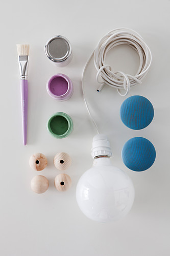 Utensils for making pendant lamp with wooden beads