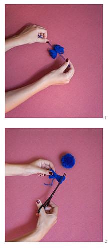 Making pompoms