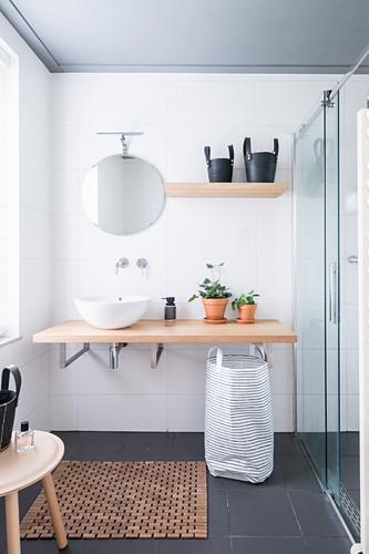 Minimalist bathroom in muted shades