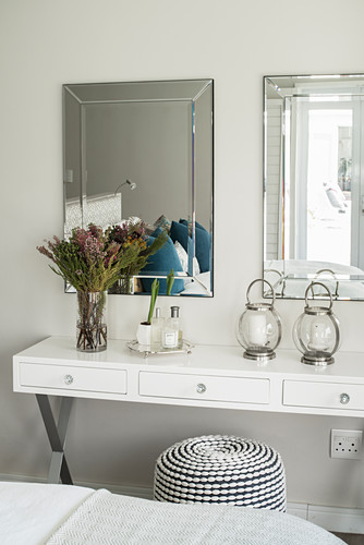 White dressing table with two mirrors and pouffe