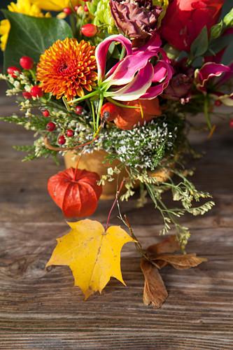 Herbstlicher Blumenstrauß