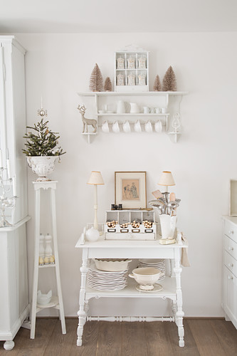Vintage Style Furniture In Shabby Chic