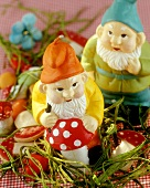 Garden gnomes in grass as table decoration