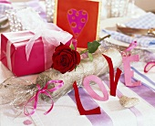 Table decoration for Valentine's Day with the letters 'LOVE'