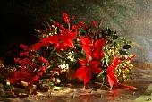Weihnachtlicher Blumenstrauss mit Weihnachtsstern