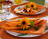 Rudbeckia and dill napkin decoration