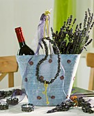 Summery decoration with lavender
