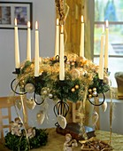 Hanging Advent wreath with gold baubles and angel's hair