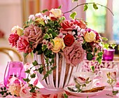 Arrangement of roses, Phlox and trailing ivy