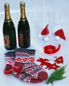 What you need to wrap sparkling wine bottles for Christmas