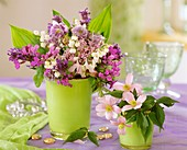 Spring posy with lilies-of-the-valley as table decoration