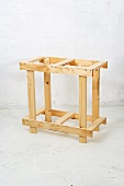 Making a wooden folding table (base)
