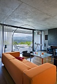 Sitting room with view onto terrace (Villa Nalu, Southern France)