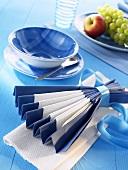 Napkin folding design: 'Tea ceremony'
