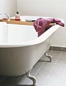 A bathtub with feet