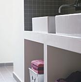 Twin wash basins