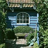 Holzhaus von außen